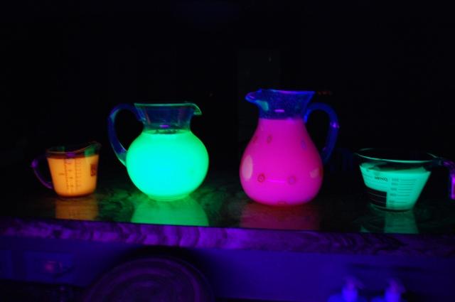 it glows